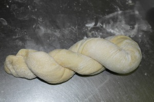 Twist and twist onto itself like a twist donut.